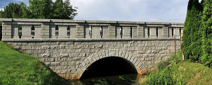 Zabytkowy Most nad Ryjcem – Sławice